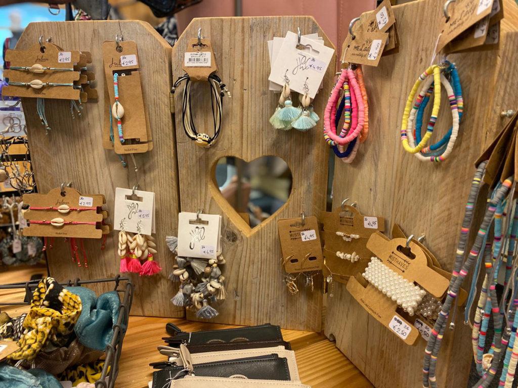 betaalbare sieraden te koop bij Van Sinckel in Vorden