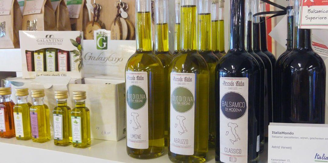 Italiaanse producten zoals olijfolie, balsamico en tapenade